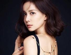"""Vợ Jang Dong Gun lần đầu xuất hiện sau scandal """"tìm gái gọi"""" của chồng"""