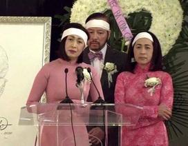 Vì sao danh ca Ý Lan mặc trang phục màu hồng trong đám tang mẹ Thái Thanh?