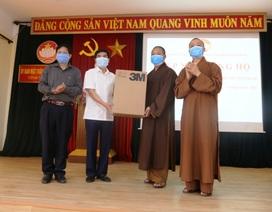 Tăng ni, Phật tử ủng hộ 300 triệu đồng chung tay đẩy lùi dịch Covid-19