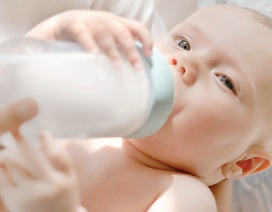"""""""Bật mí"""" bí quyết lựa chọn sản phẩm chăm sóc răng miệng bé từ sơ sinh"""