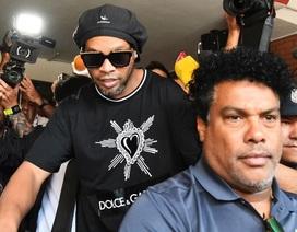 Ronaldinho tiếp tục nhận tin xấu ở Paraguay
