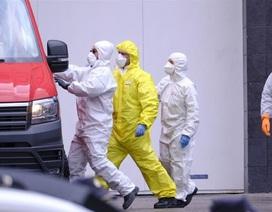 Vì sao số ca tử vong tại Tây Ban Nha tăng vọt trong thời gian ngắn?