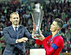 Chủ tịch UEFA thừa nhận mùa giải có thể hủy bỏ