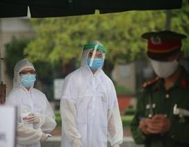 Hà Nội đề nghị Bộ Y tế hỗ trợ máy thở, cung cấp bộ test nhanh