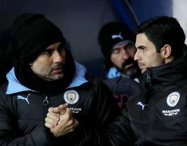 """Arsenal bị tố cáo chủ mưu vụ """"đánh hội đồng"""" Man City"""