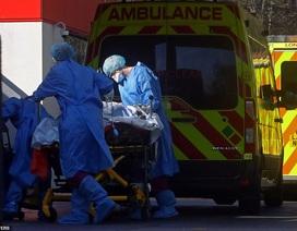 Hai bác sĩ Anh tử vong vì Covid-19