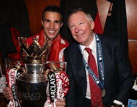 Sir Alex mạt sát hai cầu thủ Man Utd, Van Persie sốc nặng