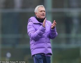 Mourinho yêu cầu học trò tập luyện trực tuyến