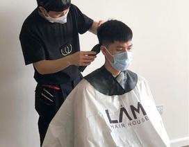 Dịch vụ cắt tóc tại nhà bùng nổ trong mùa dịch Covid-19