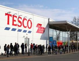 """""""Đại dịch tích trữ"""" – Hơn 79 triệu lượt mua sắm tại Anh trước phong tỏa"""