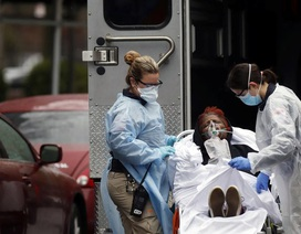 800 người chết trong ngày, số ca tử vong vì Covid-19 ở Mỹ vượt Trung Quốc