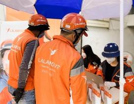 Lalamove hỗ trợ 10.000 khẩu trang, nước rửa tay cho tài xế chống dịch Covid-19