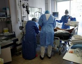 Những người giành giật sự sống cho bệnh nhân bên trong bệnh viện Pháp