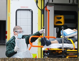 Số ca tử vong vì Covid-19 tại Anh vượt Trung Quốc