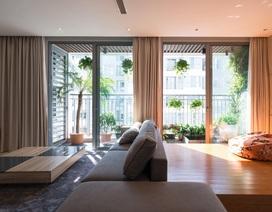 """Căn chung cư có """"khu vườn nhiệt đới"""" ngay ban công đẹp miễn chê ở Hà Nội"""