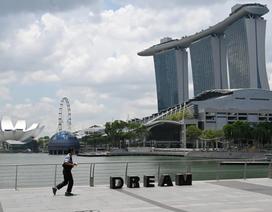 Số ca Covid-19 tăng đột biến, Singapore thay chiến lược ứng phó