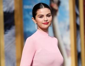 Selena Gomez thừa nhận bị rối loạn tâm lý sau khi chia tay