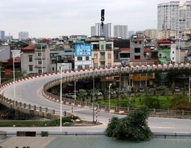 Những cây cầu ở Hà Nội vắng người chưa từng có