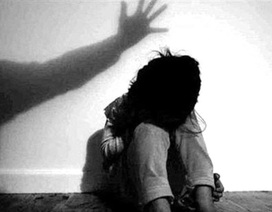 Điều tra người đàn ông nghi dâm ô bé gái 9 tuổi