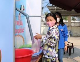 """""""Cây ATM"""" gạo xuất hiện ở Cà Mau, hỗ trợ người dân mùa đại dịch"""