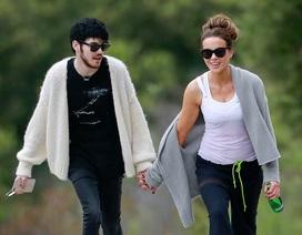 Kate Beckinsale ra phố cùng bạn trai kém 24 tuổi