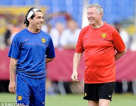 "Carlos Tevez: ""Chẳng ai cãi nổi Alex Ferguson"""