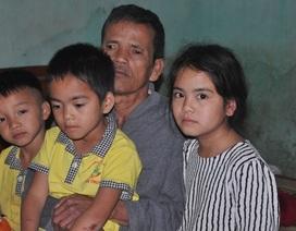 Xót thương 3 đứa trẻ thèm khát được nhìn thấy bố mẹ trở về...
