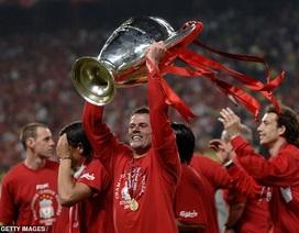 Cựu ngôi sao Liverpool chọn Messi và Ronaldo vào đội hình xuất sắc nhất