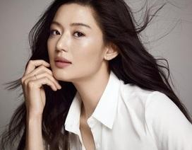 Jeon Ji Hyun tiếp tục bị chỉ trích keo kiệt, thất hứa