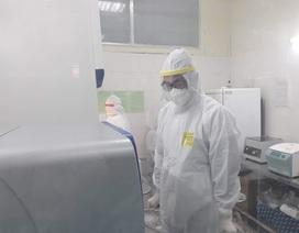 Cách ly, lấy mẫu xét nghiệm khẩn bé gái bị sốt sau khi về từ Mê Linh