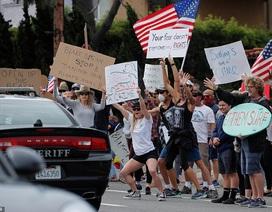 Ông Trump gây tranh cãi vì ủng hộ người biểu tình phản đối giãn cách xã hội