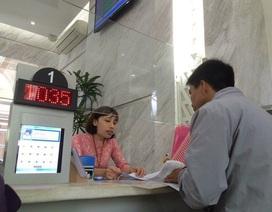 TPHCM giảm thu nhập cán bộ để hỗ trợ người lao động trong dịch Covid-19