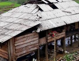 """Một huyện bị giông lốc, mưa đá """"quét bay"""" 5 tỷ đồng"""