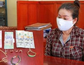 Nữ giúp việc trộm vàng, tiền của gia chủ để... mua đất