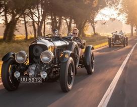 """Bentley """"chọc giận"""" các nhà sưu tập xe cổ như thế nào?"""