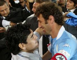 Maradona bán đấu giá áo số 10, ủng hộ CLB cũ Napoli