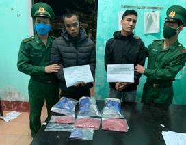 Bắt quả tang 2 đối tượng vận chuyển hơn 5.000 viên ma túy