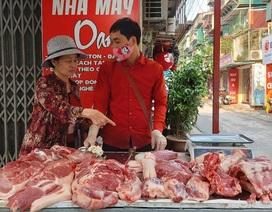 Giá thịt lợn hôm nay 30/4: Dân so giá trên tivi, tiểu thương ế cả loạt