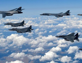 """Mỹ đưa máy bay ném bom đến Guam, đẩy mạnh chiến lược """"hành động khó đoán"""""""
