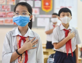 Tiết học đầu tiên giàu cảm xúc của học sinh Hà Nội sau 3 tháng nghỉ dịch