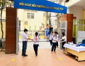 Các trường THCS quận Hoàn Kiếm náo nức đón HS trở lại sau đợt nghỉ dịch