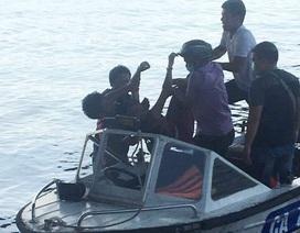 2 công an nhảy xuống sông cứu người phụ nữ tự vẫn