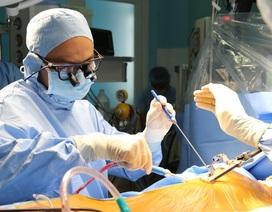 """Bệnh viện tuyến quận """"mở đường"""" phẫu thuật tim cứu 100 ca bệnh"""
