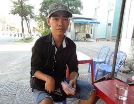 Người bán vé số ở Đà Nẵng: Vui vì có thu nhập trở lại từ nghề cũ