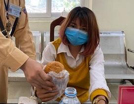 Hà Nội: Kịp thời giải cứu một phụ nữ có ý định nhảy cầu tự vẫn