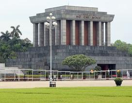 Lăng Chủ tịch Hồ Chí Minh mở cửa đón khách trở lại