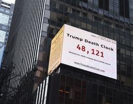 """""""Đồng hồ tử thần"""" mọc lên ở New York giữa dịch Covid-19"""