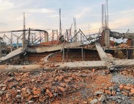 Sập tường công trình đang xây dựng, 10 người tử vong