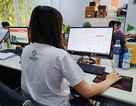 Nỗ lực vượt qua đại dịch: Người chuyển sang online, người đẩy mạnh livestream