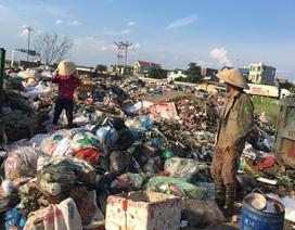 Kinh hãi cảnh dân sống khổ hơn chết cạnh bãi rác khủng giữa thủ đô!